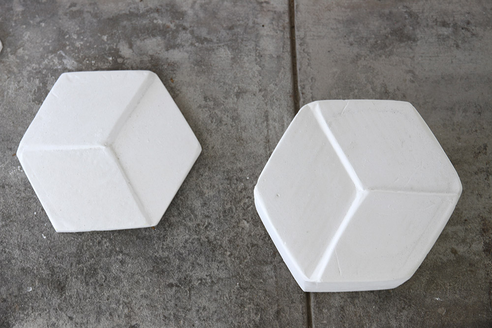 Bridget Minatel: Geo-metric (2013), plaster of paris, dimensions variable.