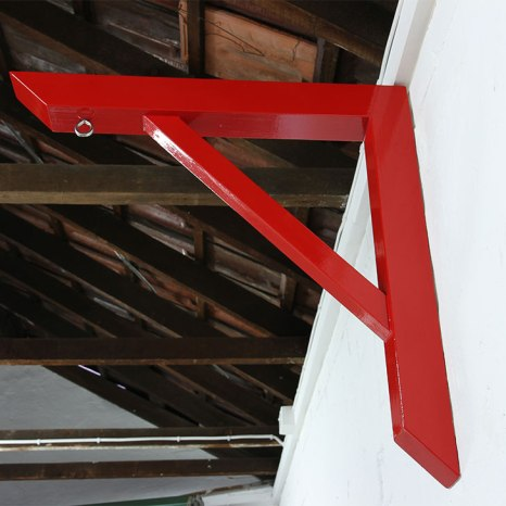 Alex Gawronski: Right Angle (2013). Timber, enamel, stainless steel. 65 x 65 x 7 cm