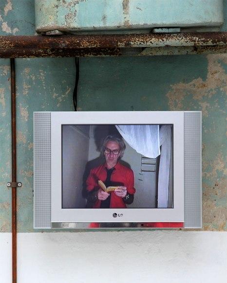Scott Donovan and Carla Cescon: Manifesto (2009), Video