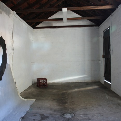 Salote Tawale, I'm Sitting With You, But, You're Not There, 2016. Installation view.